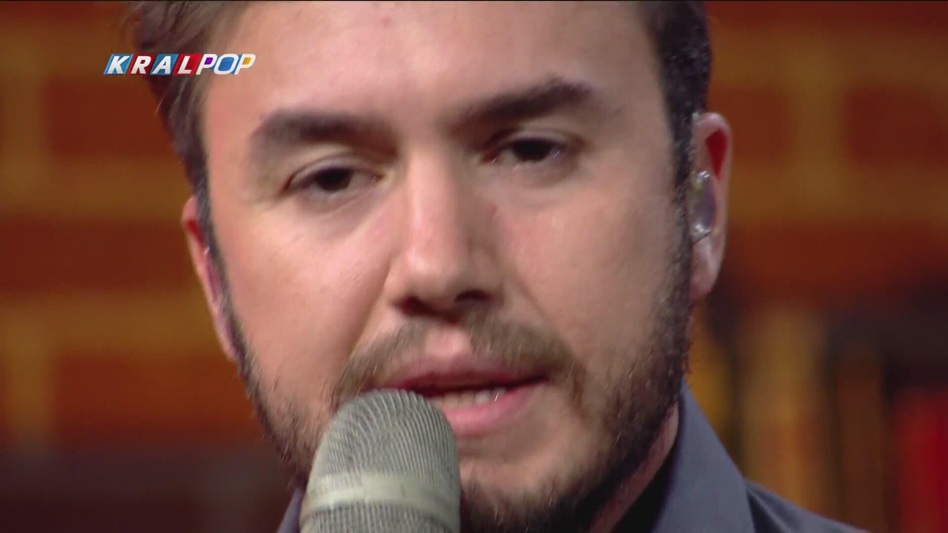 Mustafa Ceceli Sinan Akçıl Anlarsın Şarkı Sözü