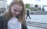 Ukraynalı Kızlara Çiğ Köfte Yedirmek  Veysel Zaloğlu