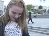 Ukraynalı Kızlara Çiğ Köfte Yedirmek - Veysel Zaloğlu
