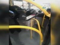 Vatandaşlara Bıçak Çekip Saldıran Otobüs Şoförü