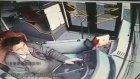 Freni Patlayan Halk Otobüsün Kaza Anı Kamerada