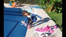 Lala Bebek Ve Elif Bahçede Bir Gezintiye Çıkıyorlar, Eğlenceli Çocuk Videosu