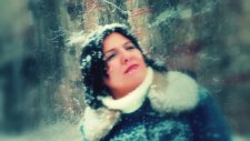 Nesrin -Hoşçakal Sevdiğim (Official Video)