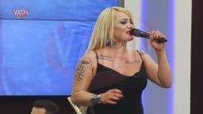 Çatlak Şanzel'in Beyin Yakan Şarkı Performansı