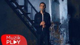 Tezcan Özkaya - Aşk Denince (Official Video)