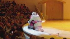 Sibiryalı İki Çocuğun Kavgası Adlı Muhteşem Koreografi