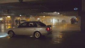Trafik Magandaları Otoparkta Drift Yaptı