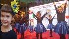 Elif ve Arkadaşları Dans Gösterisinde  Kostümü ve Papatyası Çok Yakıştı