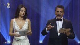 Enes Batur Altın Kelebek'te Ödül Aldı!