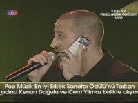 Tarkan Adına Ödül Alan Cem Yılmaz - 2003 Kral Tv Ödülleri
