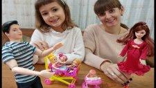 Oyuncak Bebek Ailesi Anne Baba ve 3 Kardeş Oyuncak Bebek Arabası, Toys Unboxing