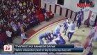 Sahnede Dayak Yiyen Tiyatrocu - Tokat