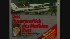 Kızıl Meydan'a İnen Uçak (1987)