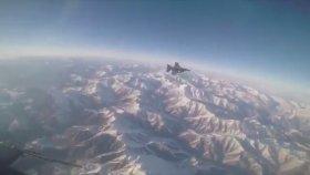Türk F-16'sının bomba ile hedefi imha etmesi (Kokpit içi görüntü)