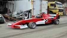 Hurda Otomobil Ve Traktör Parçalarından Formula Aracı Yaptı!