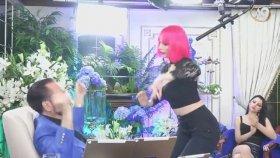 Pembe Saçlı Kediciğin Dansı Yürek Hoplatıyor