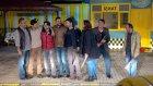 Yanan Taksi Dostluğu Pekiştirdi! | Dostlar Mahallesi 1.Bölüm (16 Aralık Cumartesi)
