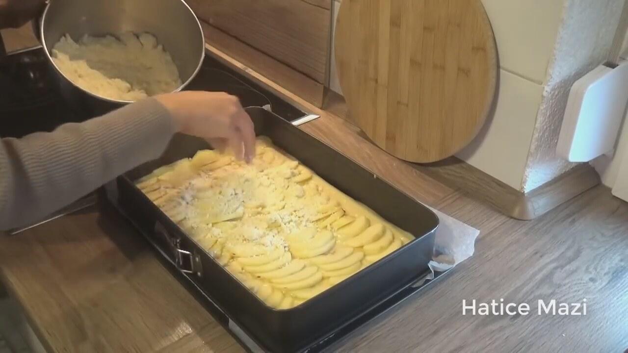 Çaylı Elmalı Kek Tarifi Videosu