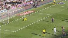 Real Madrid 0-2 Barcelona (Gol: Lionel Messi)