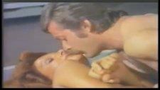 Tanga Modasına uydum - Gel Gardas Gel 1974 1080p.