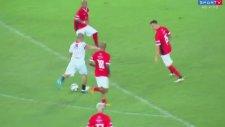 Alex de Souza'dan Yardım Maçında Muazzam Gol