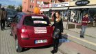 Boşanınca Otomobiline Mutluyum Yazdırıp Mangal Partisi Düzenledi