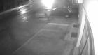 2 Futbolcu Camiye Bira Şişesi Fırlatıp Kaçtı