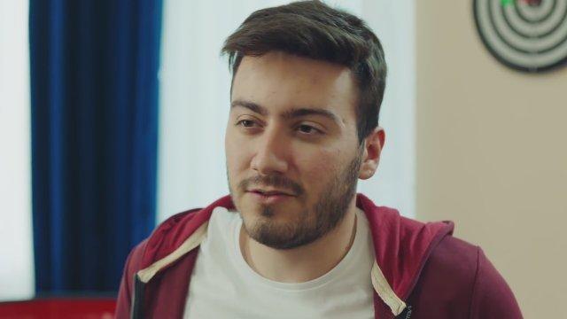 Enes Batur Hayal Mi Gerçek Mi 2018 Filmi Sinemalarcom