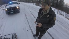Go Kart Aracını Durdurup Ehliyet Kontrolü Yapan Polis