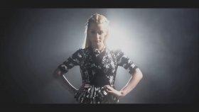 Iggy Azalea - Goddes (feat. Ariana Grande & Nicki Minaj)