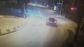 Burak Yılmaz'ın Yaptığı Kaza Güvenlik Kamerasında