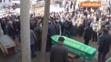 Kazada Ölen 3 Kişi Gözyaşları Arasında Toprağa Verildi