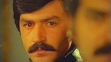 Darbe - Cüneyt Arkın & Fikret Hakan (1976 - 87 Dk)