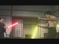 Bruce Lee, Dövüşlerde Işın Kılıcı Kullansaydı Nasıl Olurdu?