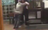 Pittsburgh'de Müşterisini Döven Türk Pizzacı