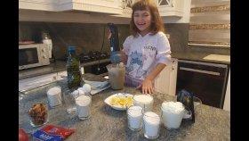 Aşçı Elif Pasta Yapıyor. Eğlenceli Çocuk Videosu