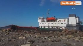 Dev Dalgalara Kapılan Commoros Bayraklı Gemi Karaya Oturdu