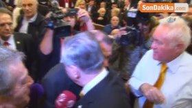 Dursun Özbek, Mustafa Cengiz'i Tebrik Ederek Salondan Ayrıldı