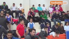 Minik Halterciler Kahramankazan'da Yarıştı