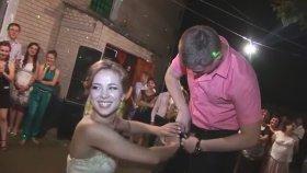 Rus Düğünündeki İlginç Gelenek
