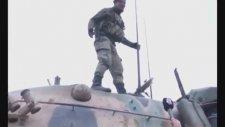 Afrin Operasyonuna Giden Askere Mikrofon Uzatan Muhabir