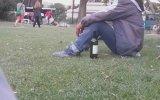 Eyfel'in Dibinde Şarapla Efkarlanmak