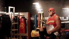 Hulk Hogan Bal Mumu Heykellerini Görmeye Gelenleri Korkuttu