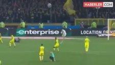Futbolcuya Çelme Takan Fransız Hakeme 3 Ay Men