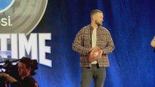 Super Bowl'un İlk Pası Justin Timberlake'ten!