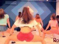 Rus Dans Eğitmeninin Kopması