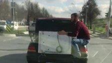 Otomobilin Bagajında Çamaşır Makinesi Taşıyan Yurdum İnsanı