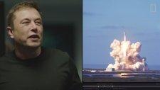 Falcon Heavy Roketinin Fırlatıldığı Anlarda Elon Musk