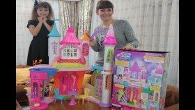 Barbie Dream Topia Şeker Krallığı Şatosu 2 Katlı 3 Kuleli Sihirli Pembe Ev