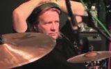 James Hatfield Kirk Hammett'a Gitar Öğretiyor